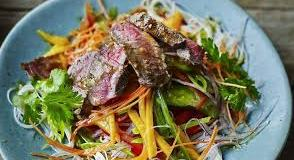 Thai beef and mango salad