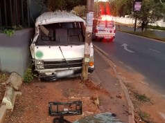 Eight injured in taxi