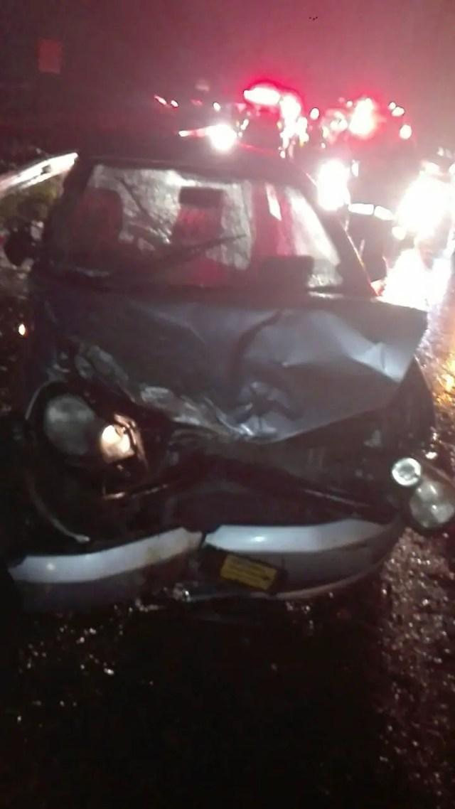 Six injured in late night crash