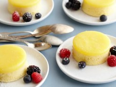 Steamed lemon sponge puddings2