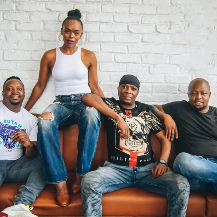 Thebe and the Kings of the Weekend