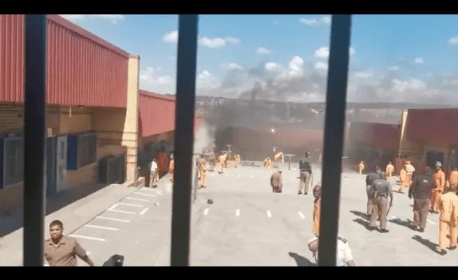 Prisoners burn mattresses