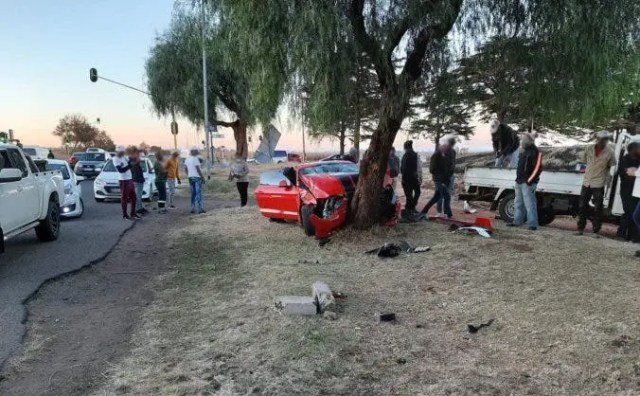 collision forced the Ford Mustang