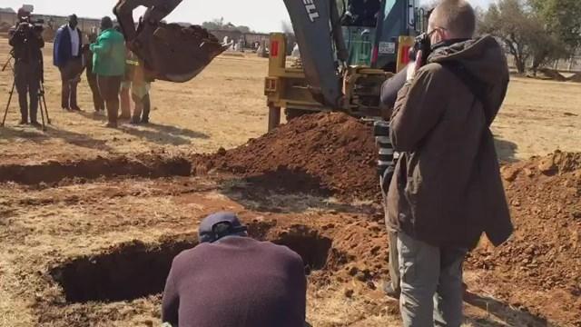1.5 million gravesites for Covid-19 deaths in Gauteng