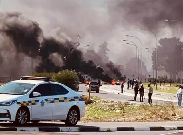 Protests erupt in Western Cape