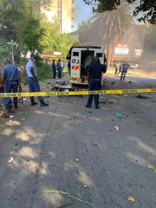 4 alleged cash-in-transit robbers shot dead in Katlehong