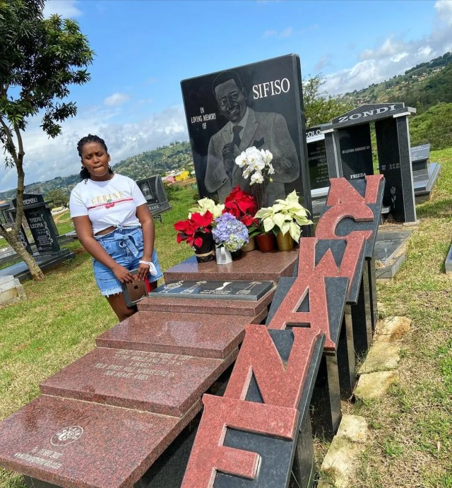 Sfiso Ncwane daughter Nothile visits his grave