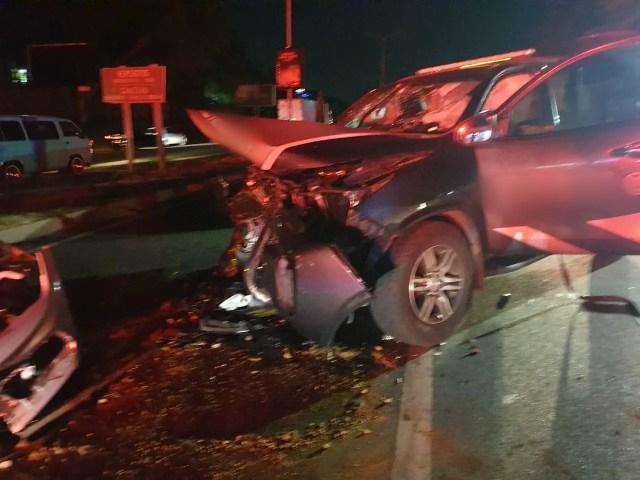 Multiple people injured in head-on collision