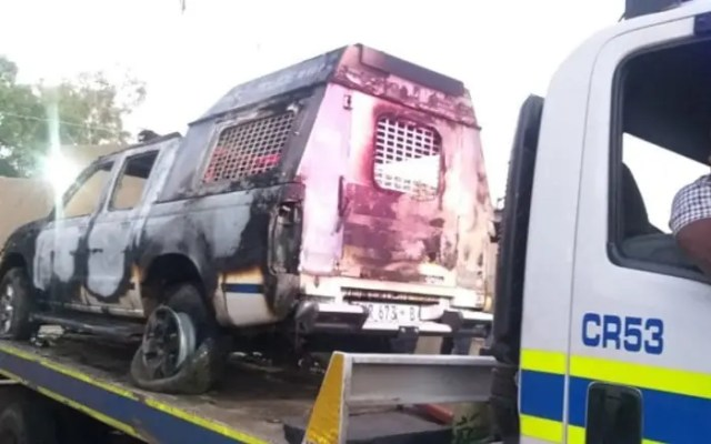 Police van set alight in Muldersdrift after officers try confiscating alcohol