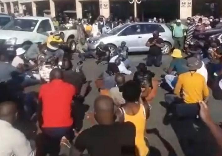 Jacob Zuma supporters shut down KZN
