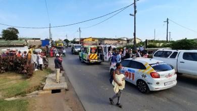 Mini-bus taxi crash injures twenty-three school children