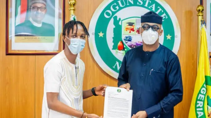 Laycon as appointed Youth Ambassador of Ogun State and blessed with N5million and a house