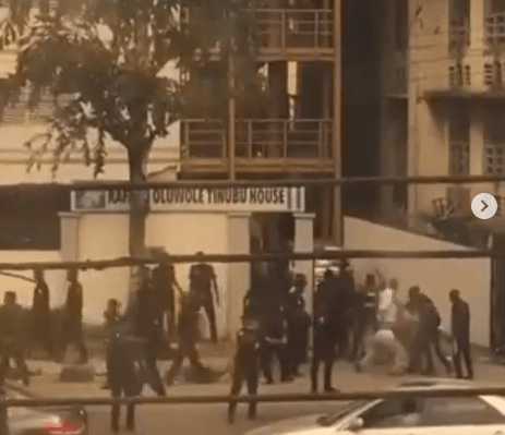 Police assault and arrest two female protesters in Lagos #EndSARS