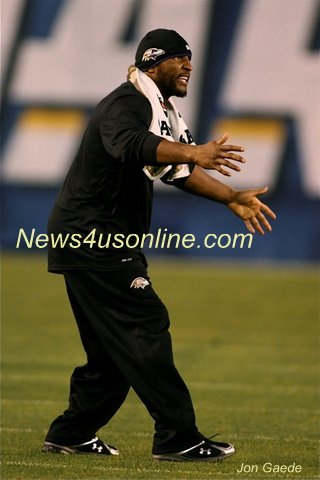 Baltimore Ravens linebacker Ray Lewis will soon be following the football career of Ray Lewis III full-time after he retires from the NFL. Photo Credit: Jon Gaede/News4usonline.com