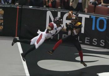 LA Kiss Receiver Samie Parker Drops 4th quarter Touchdown. Photo Credit : Jevone Moore / News4usonline.com