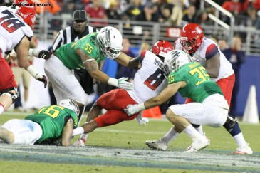 The Oregon Ducks snuffed out Arizona's potent offense, holding the Wildcats to 13 points in the Pac-12 championship. Photo Credit: Jevone Moore/News4usonline.com