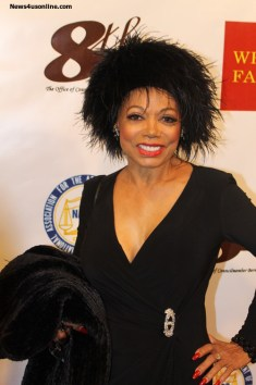 5th Dimension singer Florence LaRue struts her stuff on the red carpet. Photo Credit: Corey Cofield/News4usonline.com