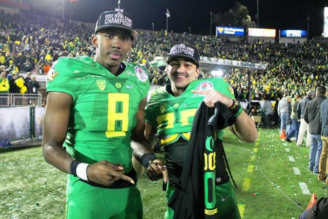 Oregon Ducks players celebrate beating Florida State in the 2015 Rose Bowl Game presented by Northwestern Mutual. Photo by Dennis J. Freeman/news4usonline.com