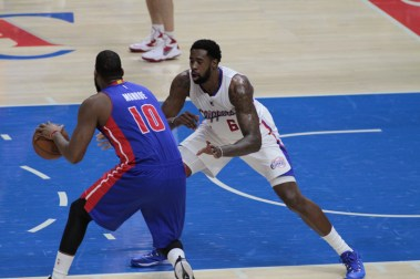 DeAndre Jordan played well on both ends of the court against Detroit, scoring 16 points and securing 15 rebounds in the Clippers 113-91 win at Staples Center. Photo by Jevone Moore/News4usonline.com