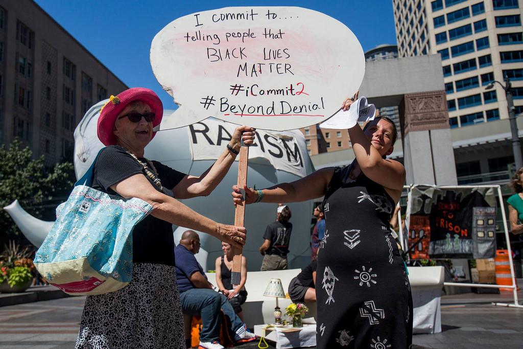 photo credit: Speech Bubble Commitment BeyondDenial via photopin (license)