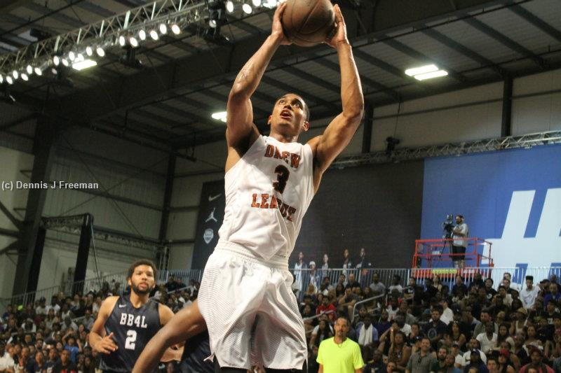 Los Angeles Lakers guard Jordan Clarkson put on a show at the Air Hangar in Hawthorne, California on Saturday, July 23. Playing in the nightcap game, Clarkson scored 33 points in the second of two Drew League games played. Photo by Dennis J. Freeman/News4usonline