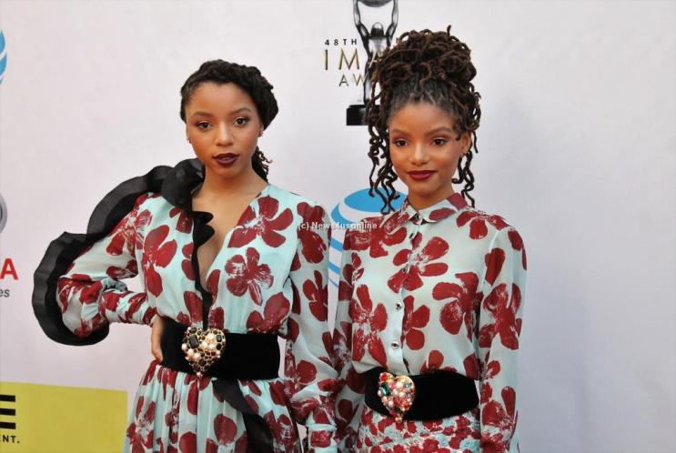 Chole X Halle aka Chole and Halle Bailey on the red carpet at the 48th Annual NAACP Image Awards. Photo by Dennis J. Freeman/News4usonline