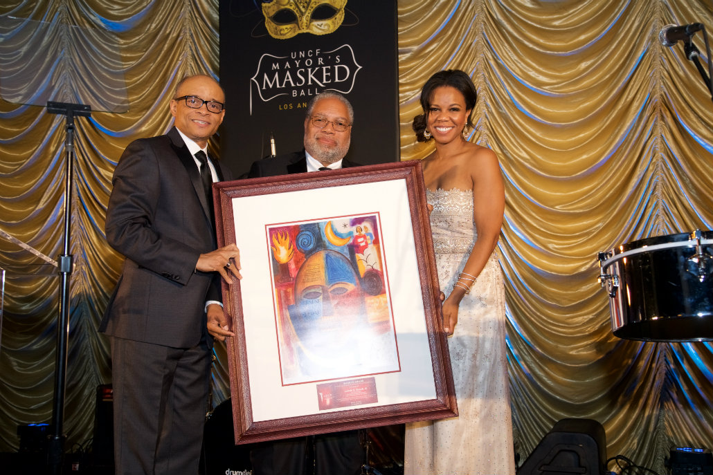 Smithsonian's Lonnie Bunch honored at UNCF fundraiser
