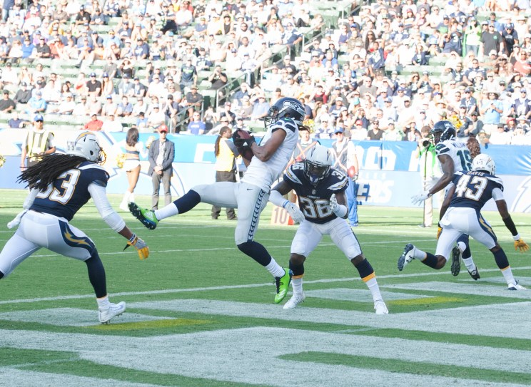 The Seattle Seahawks defeated the Los Angeles Chargers 48-17 in preseason action at StubHub Center. Photo by Astrud Reed/News4usonline