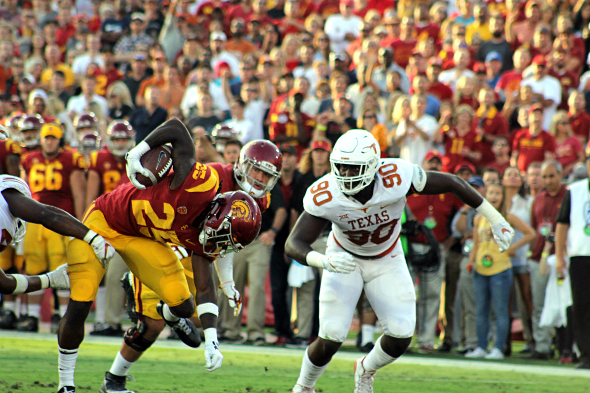 USC-Texas revisted: Trojans edge Longhorns this time