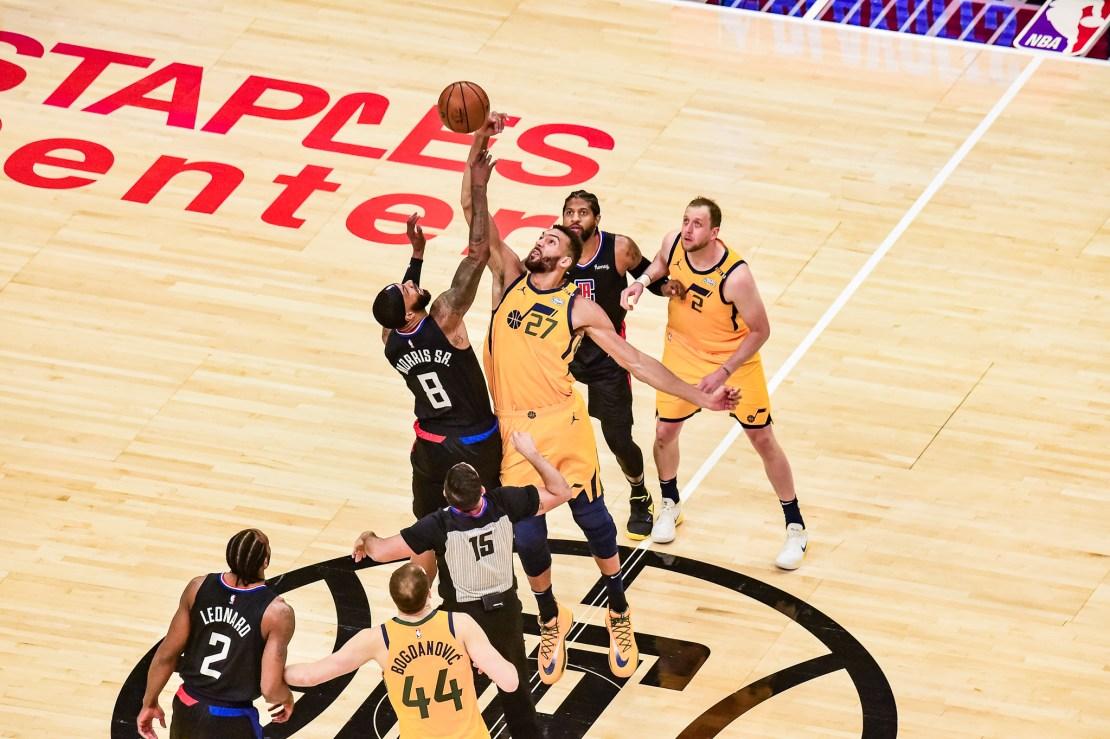 Game 4 jump ball. Photo by Mark Hammond/News4usonline