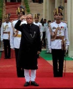 संसद भवन के रिस्क पर दी गई राष्ट्रपति प्रणव मुखर्जी को सलामी!