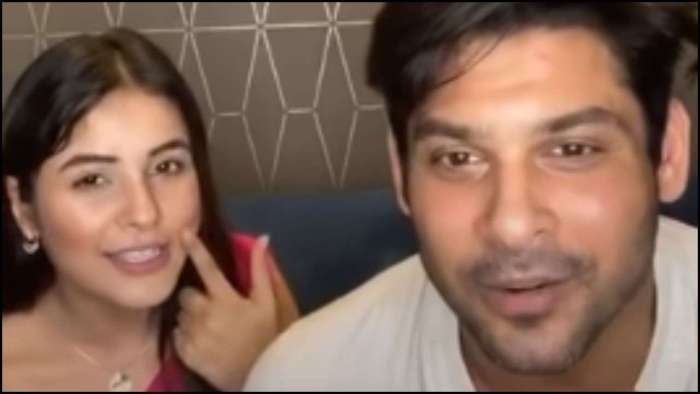 Shehnaaz Gill asks Sidharth Shukla to give her a kiss; his reaction is gold