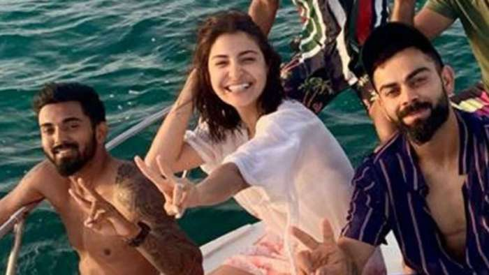 Parents-to-be Virat Kohli-Anushka Sharma's photo from middle of the sea will take your breath away