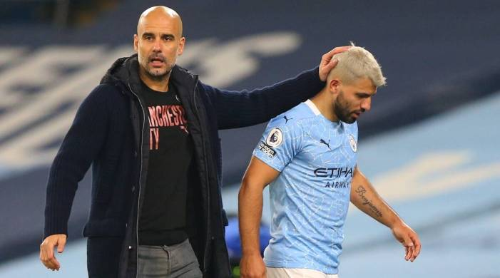 Sergio Aguero criticised for touching lineswoman, Pep Guardiola defends striker