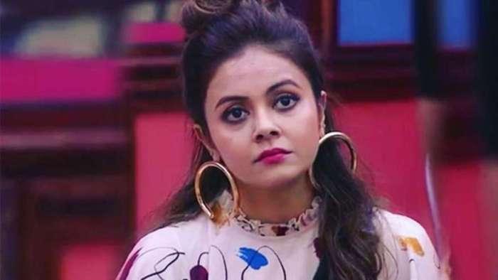 Devoleena Bhattacharjee blasts Salman Khan's comment of her, Rashami Desai getting less votes on 'BB 13'