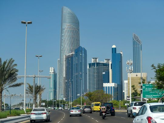 Abu Dhabi shuts 354 commercial outlets for COVID-19 violations