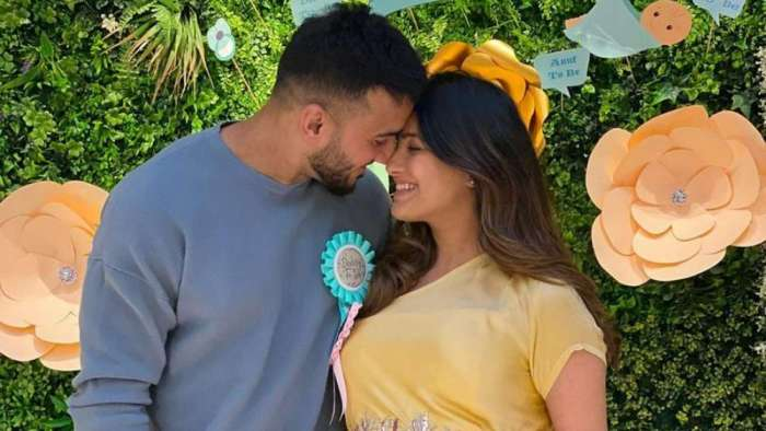 First photo of Anita Hassanandani and Rohit Reddy's baby boy revealed
