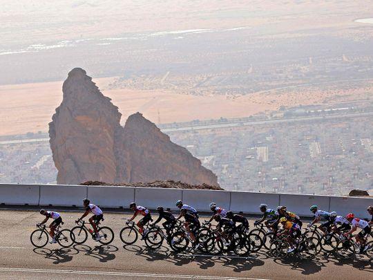 Photos: Pogacar climbs to the top on Stage 3 of UAE Tour