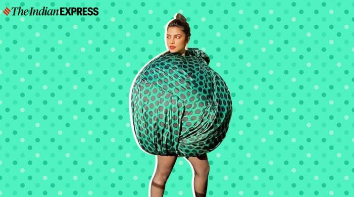 We have mixed feelings about Priyanka Chopra's ball-like outfit