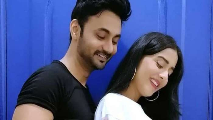 Amrita Rao-RJ Anmol post son Veer's picture and it's too cute for words