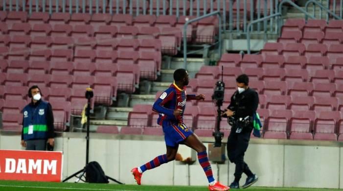 Barcelona net late winner, cut Atletico Madrid's lead to 1 point