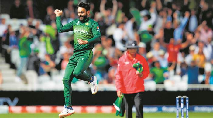 Mohammad Hafeez to be offered new central contract by PCB