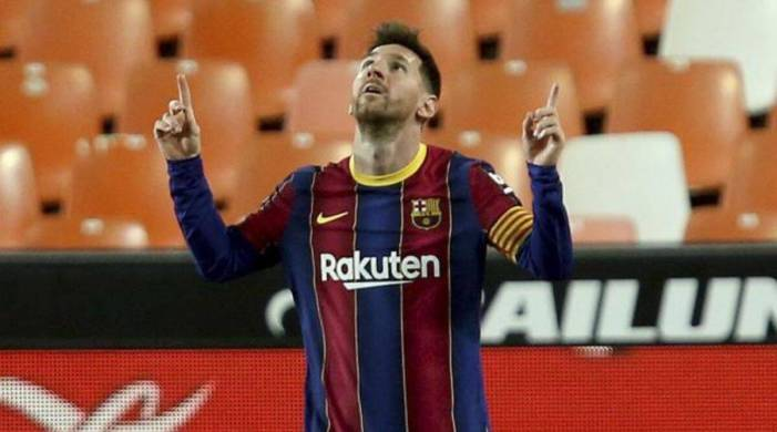 Spanish La Liga: Messi strikes twice in 2nd half to keep Barcelona near top