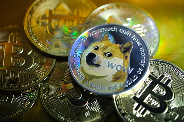 Experts warn against putting crypto like bitcoin in self directed IRA