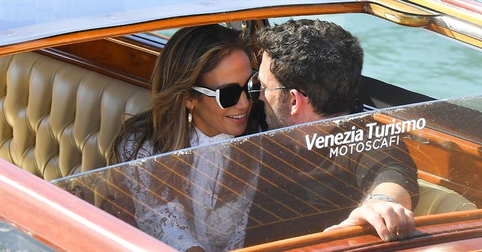 Jen and Ben Are Cruising Through Venice Looking Utterly Glorious