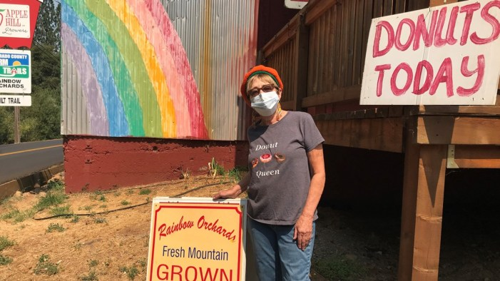 'We feel safe or we wouldn't be here' | Apple Hill open following downgrade of Caldor Fire evacuations