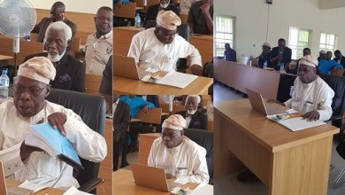 Photo of Obasanjo bags PhD in Christian Theology after 163 minutes drill
