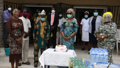 Photo of Ogun First Lady, Mrs. Bamidele Abiodun Celebrates Her 54th Birthday with the Less Privileged