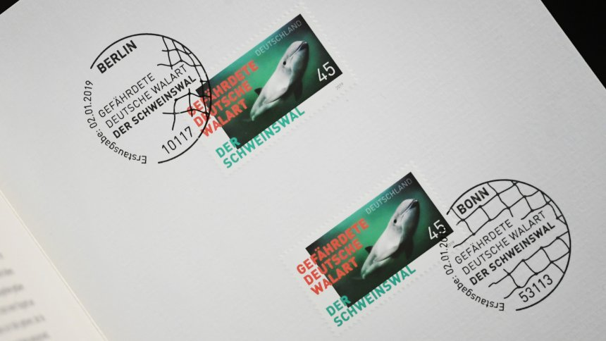 80 cents per letter: Swiss Post plans postage increase, in