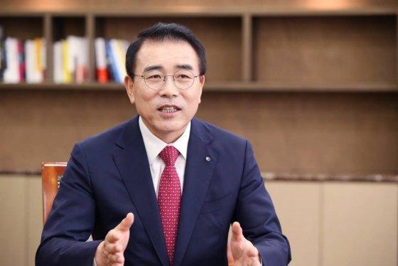 Shinhan-strives-to-achieve-net-zero-emission-by-2050